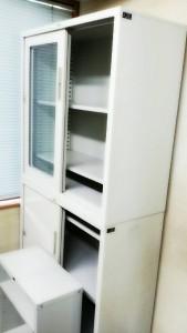 アングル棚、鍵付き書庫×2