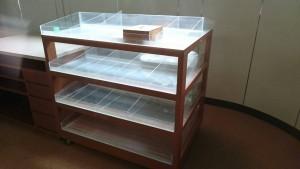 カウンター、業務用ロッカー、棚、書庫など3