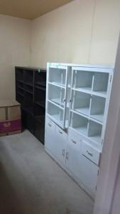 カウンター、業務用ロッカー、棚、書庫など4