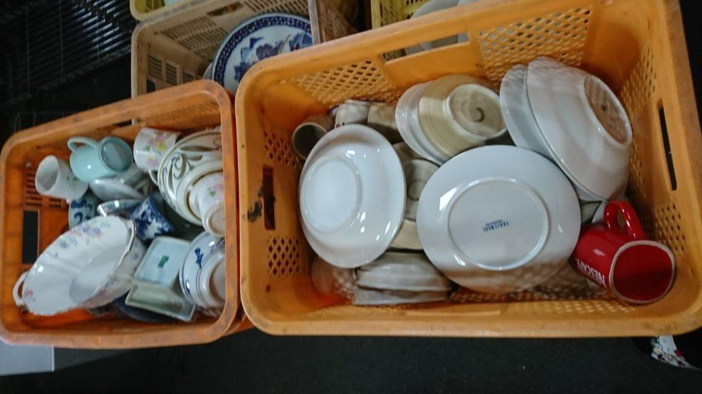 食器類 kg15円